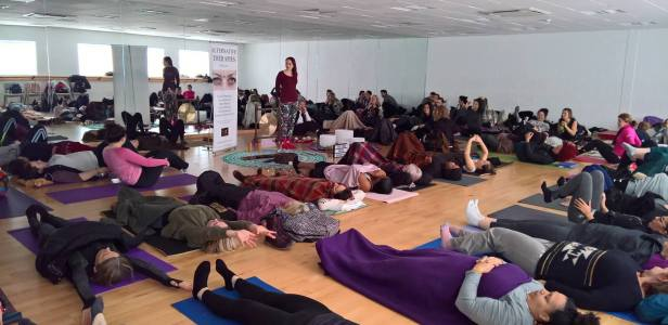 kalie-sound-bath-audience-greenwich-yoga-vegan-festival